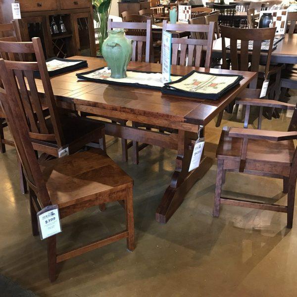 Plank Top Dining Set