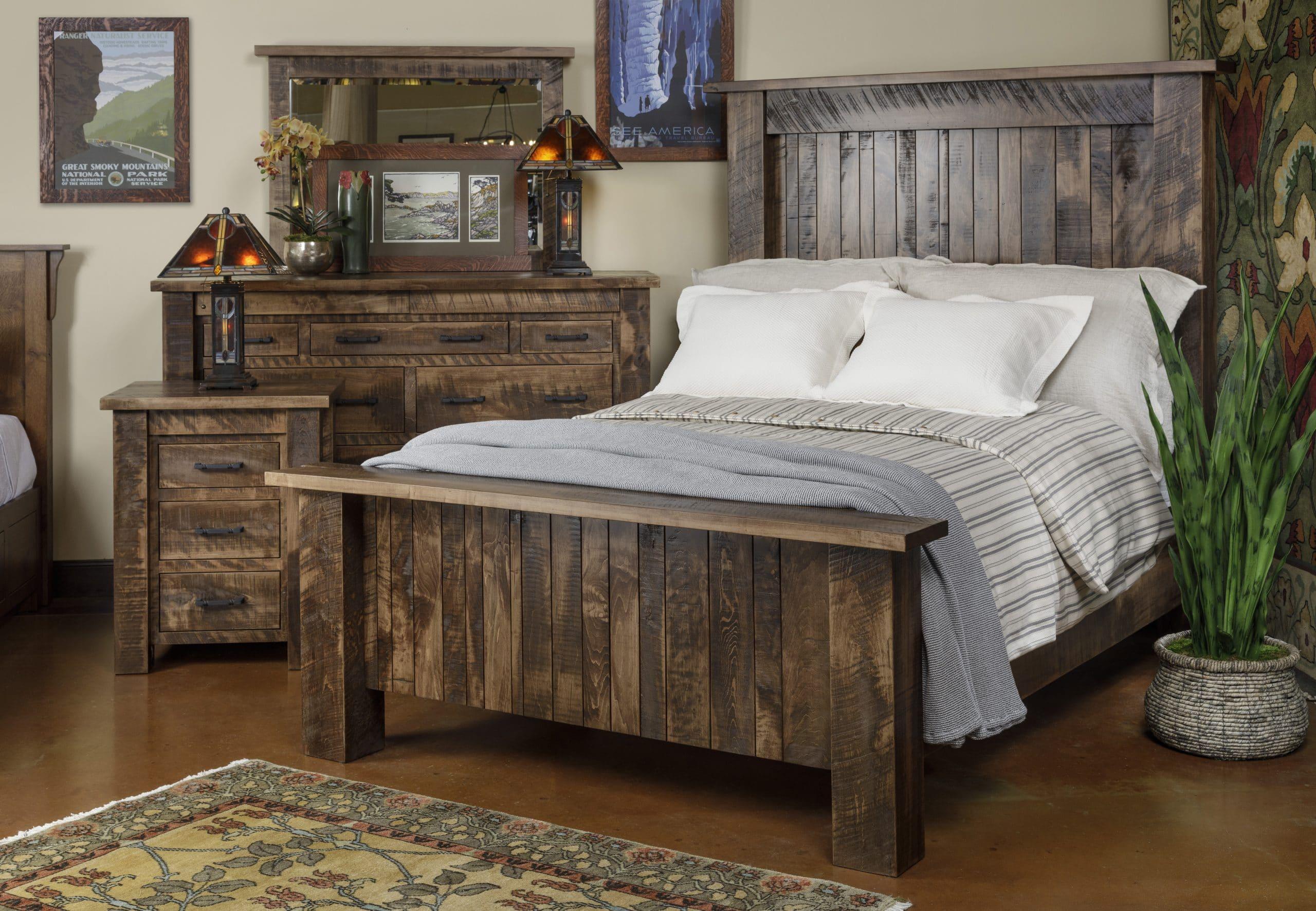 Barnwood_Bedroom
